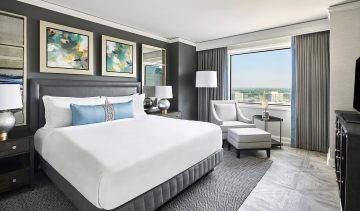 The-Ritz-Carlton-Tysons-BEDRM-Suite1