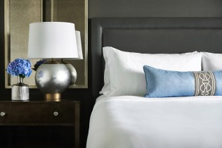 The-Ritz-Carlton-Tysons-King-Bed-Vignette