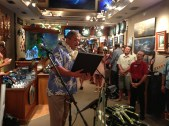 Wyland Gallery Signing 060