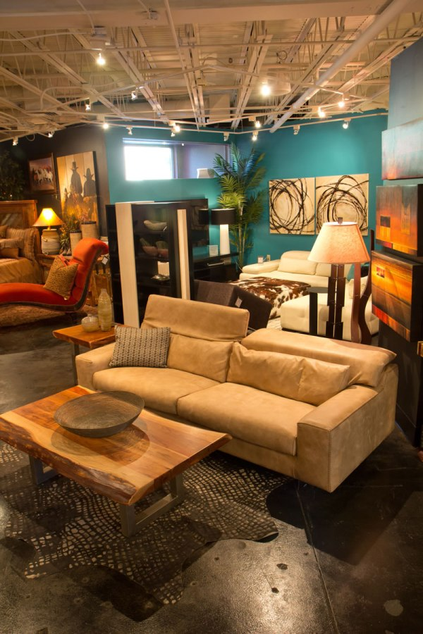 Showroom & Furniture 'amore Interiors