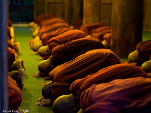 Evening Chanting and worship by Monks of Mandalay, Myanmar. Photograph by Shaun Dunphy via Flickr
