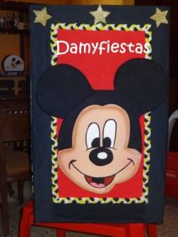 Caja de regalos mickey
