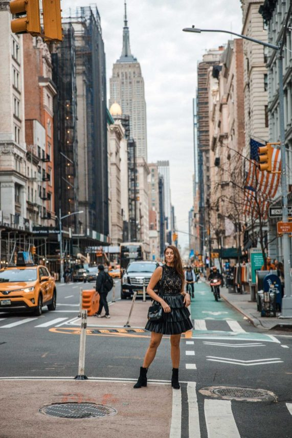 Photo Spots of the Empire State Building in NYC Instagram Approved | Dana Berez NYC Photography Ideas NYC