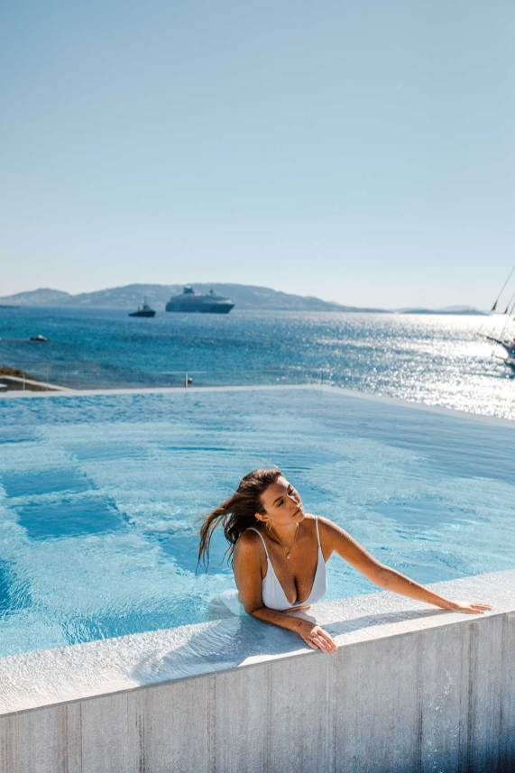 Fun Mykonos Travel Guide: Mykonos Greece Photography Where to Stay