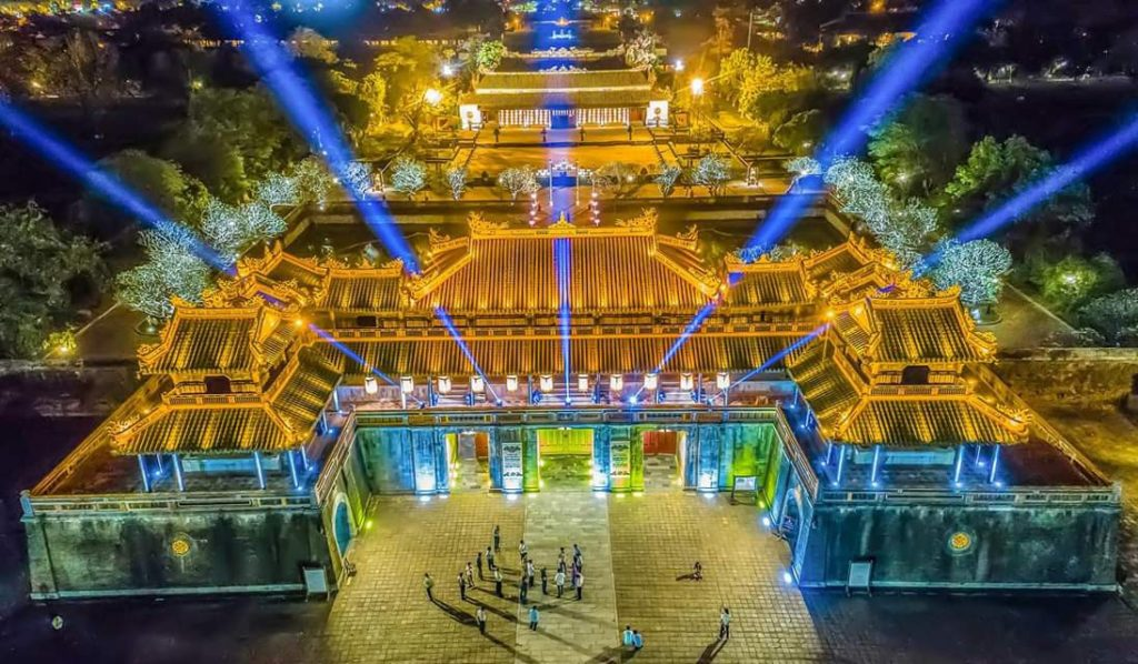 Transfer From Hue Airport To Hue City – Phu Bai International Airport To Hue City Or Hue Hotel by private car rental only 10 USD