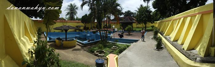 Taman Sare keraton Sumenep