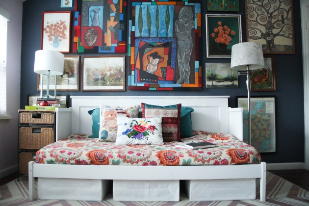 guest room, daybed, DIY, dana morris, david morris, IKEA hack, gallery wall, houston tx