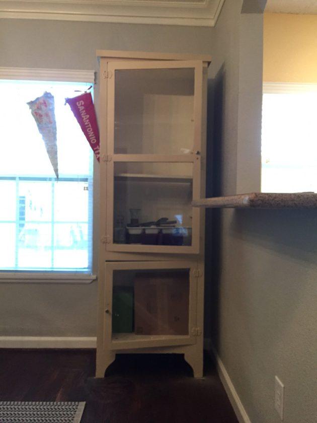DIY bar cabinet, DIY bar cart, DIY furniture, paint cabinet