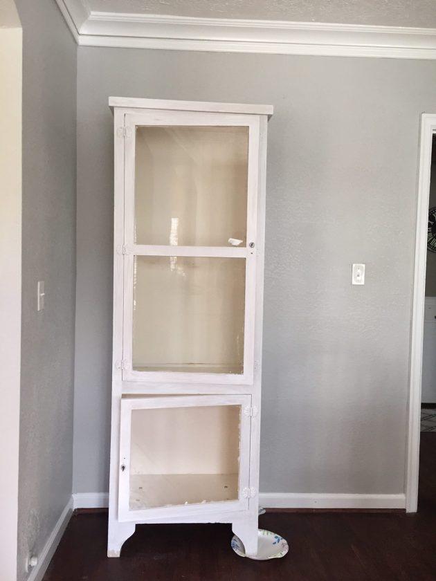 DIY Bar Cabinet, DIY bar, DIY white wash, furniture upcycle, painting furniture