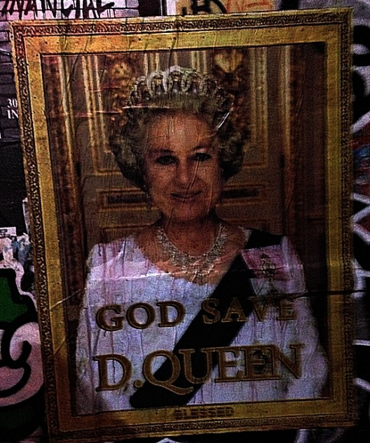 GOD SAVE D. QUEEN