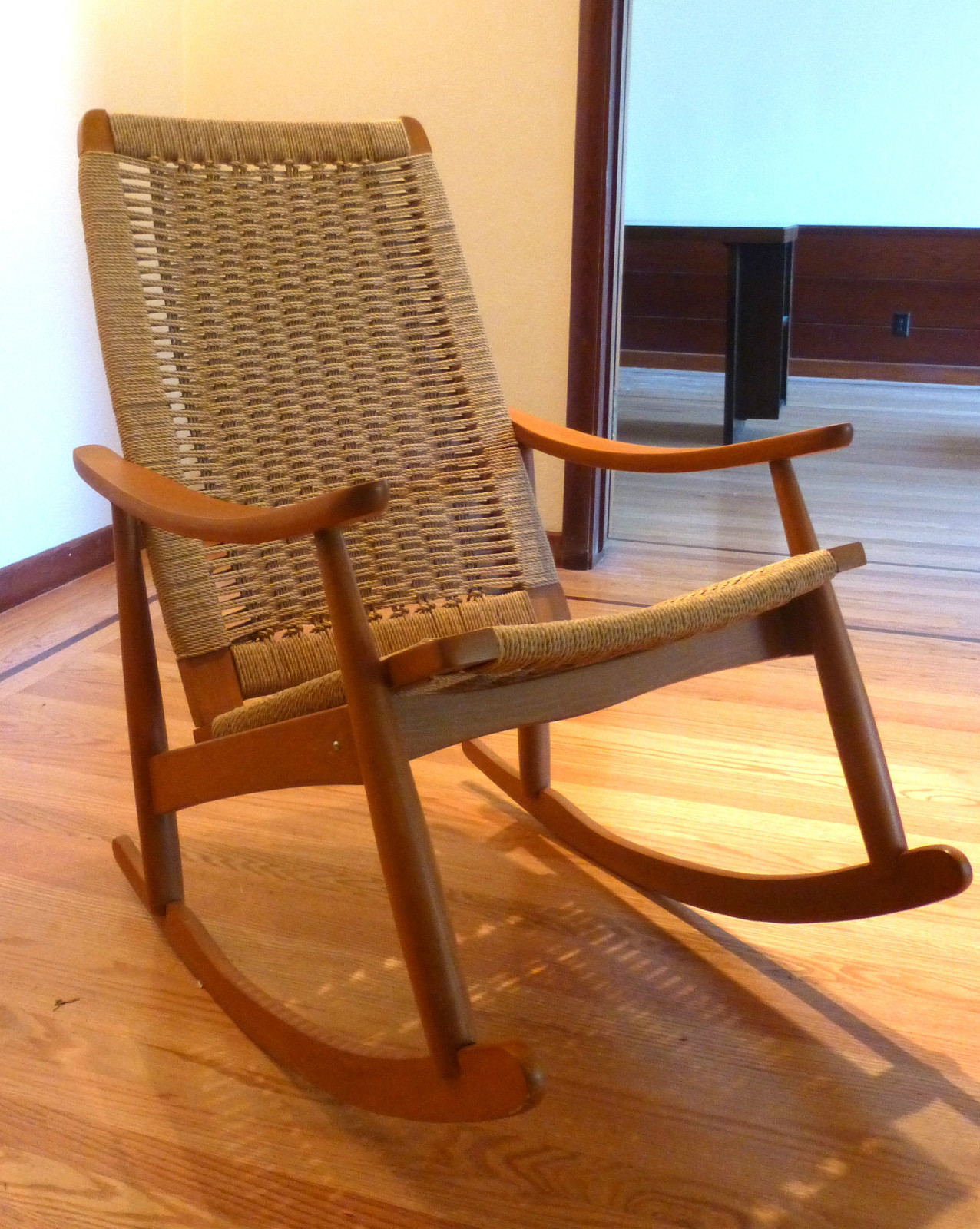 woven rocking chair antique style dining table and chairs mid century danish modern rope wegner