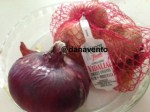 onions, red onions, purple onions, buying onions, cry, tears, dana vento, cooking, food, dining, eating onions. sweet onions, vidalias