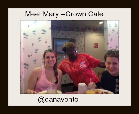 https://danavento.com/2014/06/welcome-crown-reef-resort/, mary, bob, mike, candice