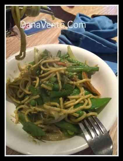 Carnival Sunshine, Ji Ji Asian Kitchen, mongolian wok, fresh, food, made to order, lines, dining, lido marketplace, sampler, foodie, restaurant, dana vento, carnival