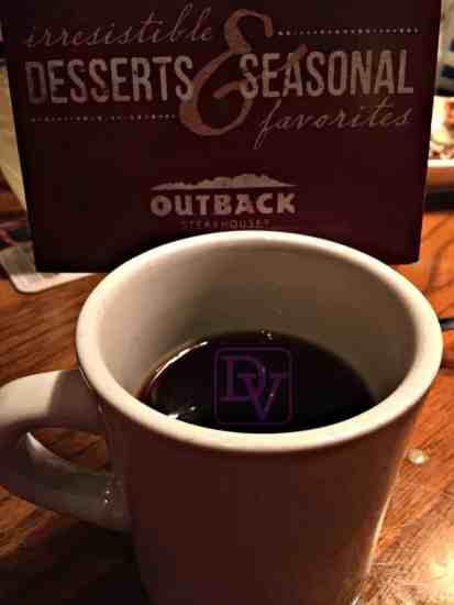 outback steakhouse salted caramel cookie, ice cream, vanilla ice cream, outback steakhouse, food, foodie blogger, dining out, restaurtant, ad, dana vento