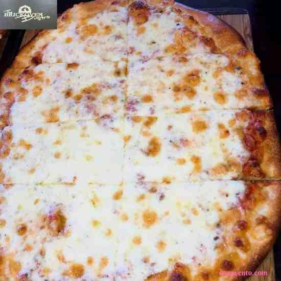 , salad, side salad, bar, food, sandusky ohio, foods, restaurant, near cedar point, allergen friendly, foodies, food writer, travel writer, brick oven bistro pizza, ITALIAN STALLION, CHICKEN CORDON BLEU, QUATTRO FORMAGGIO,full service bar, pizza, gourmet pizza, brick oven pizza, pear gorgonzola, strombolis, calzone, pizza, plain pizza, margherita pizza, tomatoes, tomato sauce, cannoli, brick oven, pizza, family, close to cedar point,