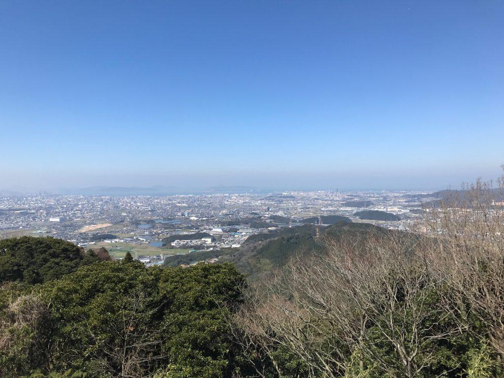 岳城山から