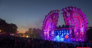 night photo of MLUSA 2015 mainstage