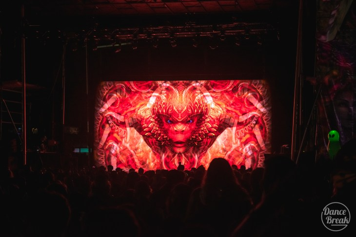 Visuals for Jade Cicada at the Amazonia Stage