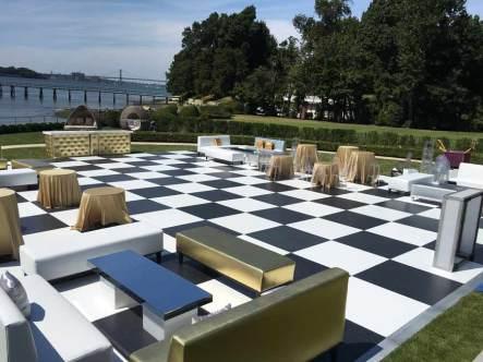 Outdoor-black-white-dance-floor-rental