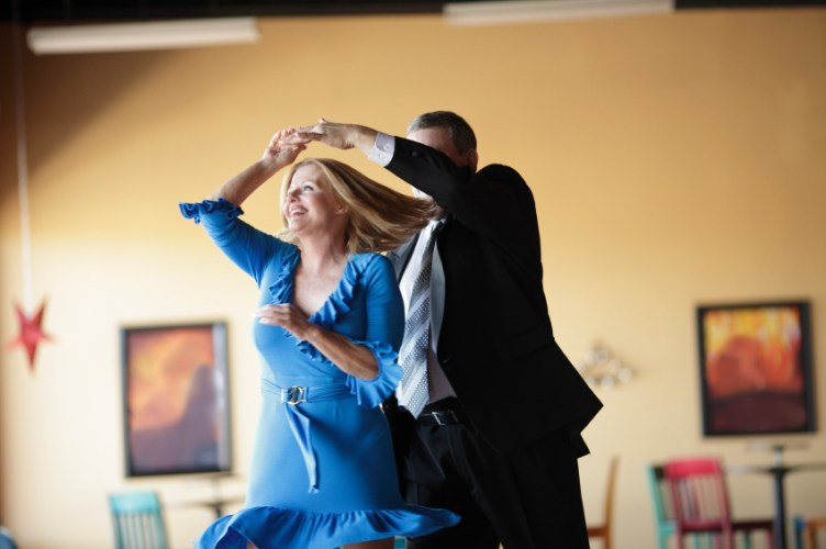 Try Country Swing Dancing in Mesa AZ for Beginners and ...