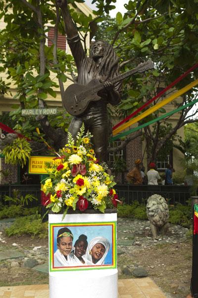 De Quoi Est Mort Bob Marley : marley, Marley, Biographie, Magic, Mystic