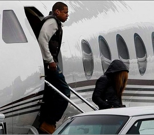 Beyonce Bought A Private Jet For Jay Z For Fathers Day