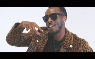Big Zeeks ft D Double E – Happy (remix) – Official Music Video