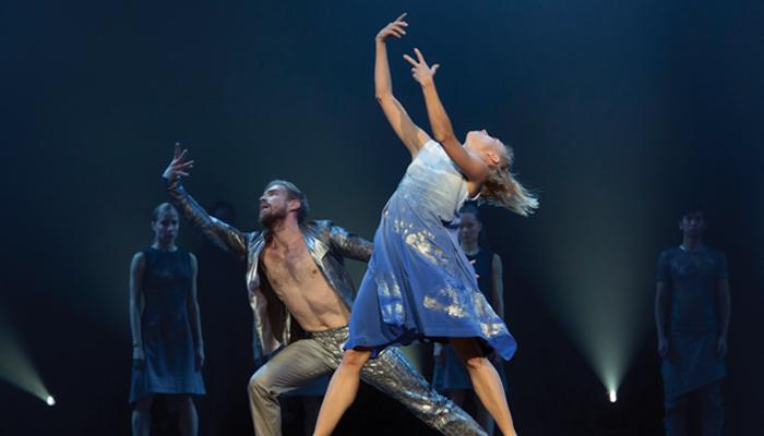 Samuli Poutanen and Terhi Räsänen of Finnish National Ballet in Tero Saarinen's Kullervo  Photo: Sakari Viika