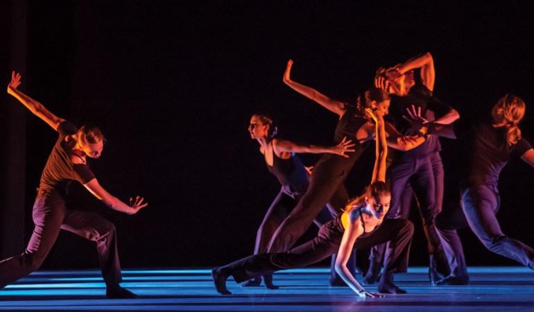 Ballet Edmonton in Wen Wei Wang's Last Words Photo: Nanc Price