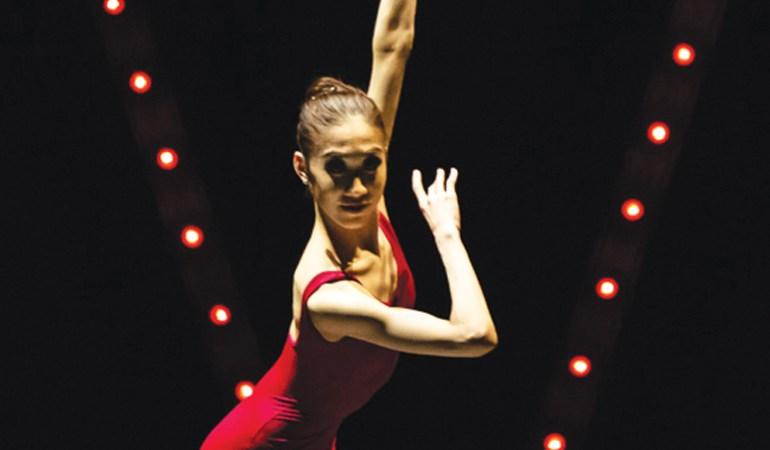 Singapore Dance Theatre's Kwok Min Yi in Choo-San Goh's Fives Photo: Bernie Ng