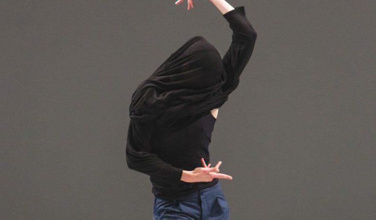 Valeria Galluccio in Marie Chouinard's Soft virtuosity, still humid, on the edge  Photo: Nicolas Ruel
