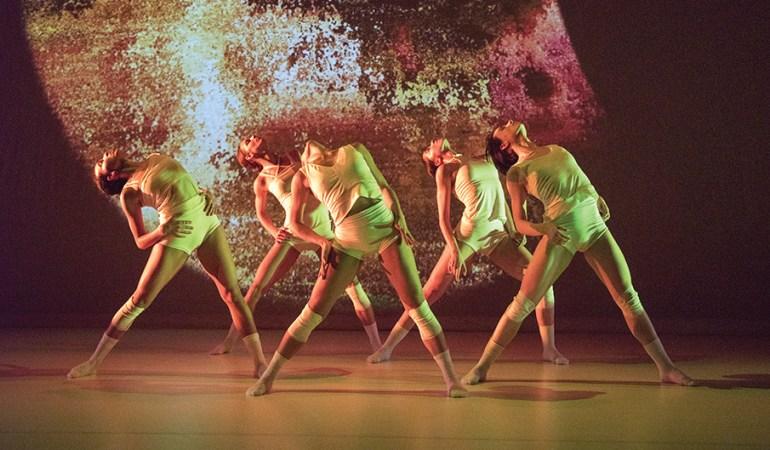 Wen Wei Dance's Eden Solomon,Eowynn Enquist,Sarah Formosa, Daria Mikhaylyuk and Stéphanie Cyr in Wen Wei Wang's Ying Yun Photo: Chris Randle