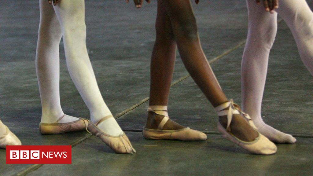 Father and daughter ballet video breaks stereotypes, says teacher