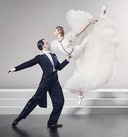 Soloists Shane Weurthner and Lisa Edwards of Queensland Ballet in 'Strictly Gershwin'