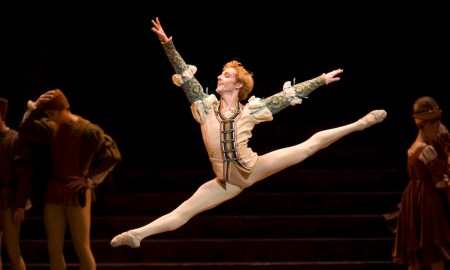 Steven McRae in 'Romeo and Juliet'. Photo by Bill Cooper.