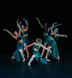 AMPA ballet students. Photo by Satsuki Minoda.