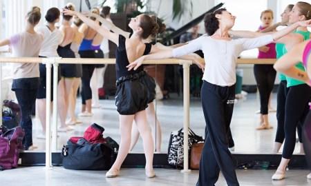 Elena Kunikova's ballet class at Steps on Broadway. Photo by Sofia Negron Photography.