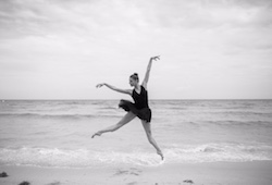 Lauren Fadeley. Photo by Karolina Kuras.