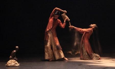 Hu Shenyuan's 'Saṃsāra'. Photo by Mark Gambino.