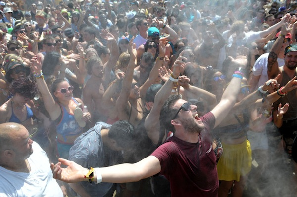 coachella festival crowd water