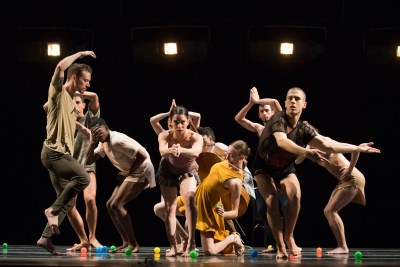 "Visceral Dance Chicago in Danielle Agami's ""Pick a Chair"". Photo by Todd Rosenberg."