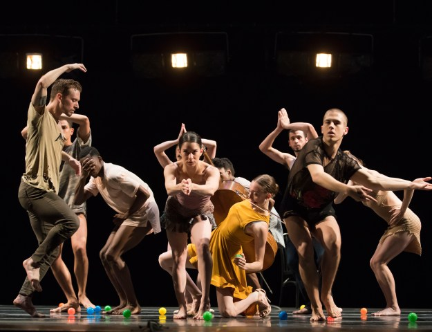 """Visceral Dance Chicago in Danielle Agami's """"Pick a Chair"""". Photo by Todd Rosenberg."""