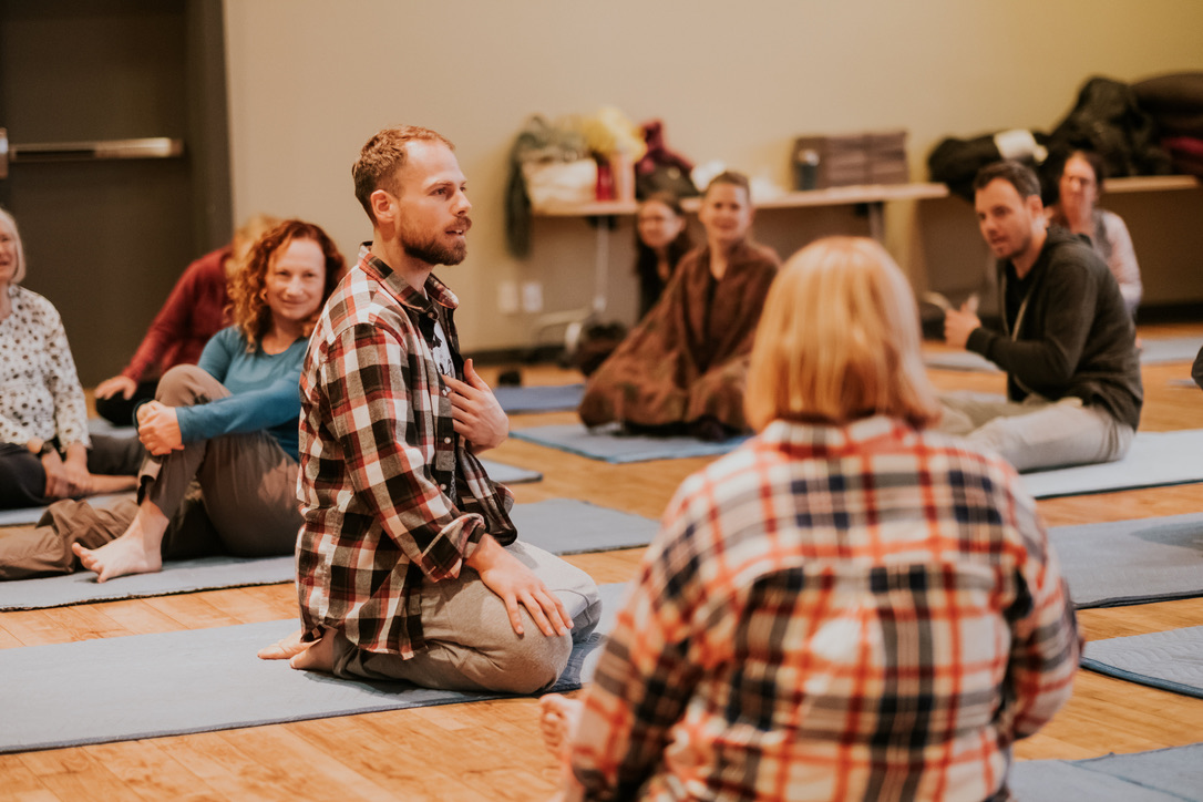 """Teaching a movement workshop for all agescalled """"Up & Down"""" in Vancouver, CA (Credit: Lindyn Williams)"""