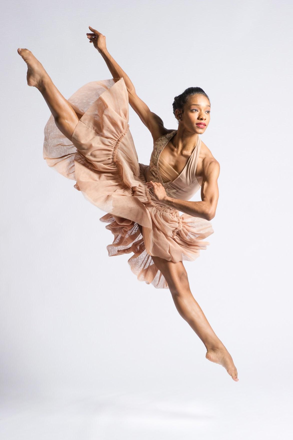 Ballet Hispánico Dancer Dandara Veiga (Photo by Paula Lobo)