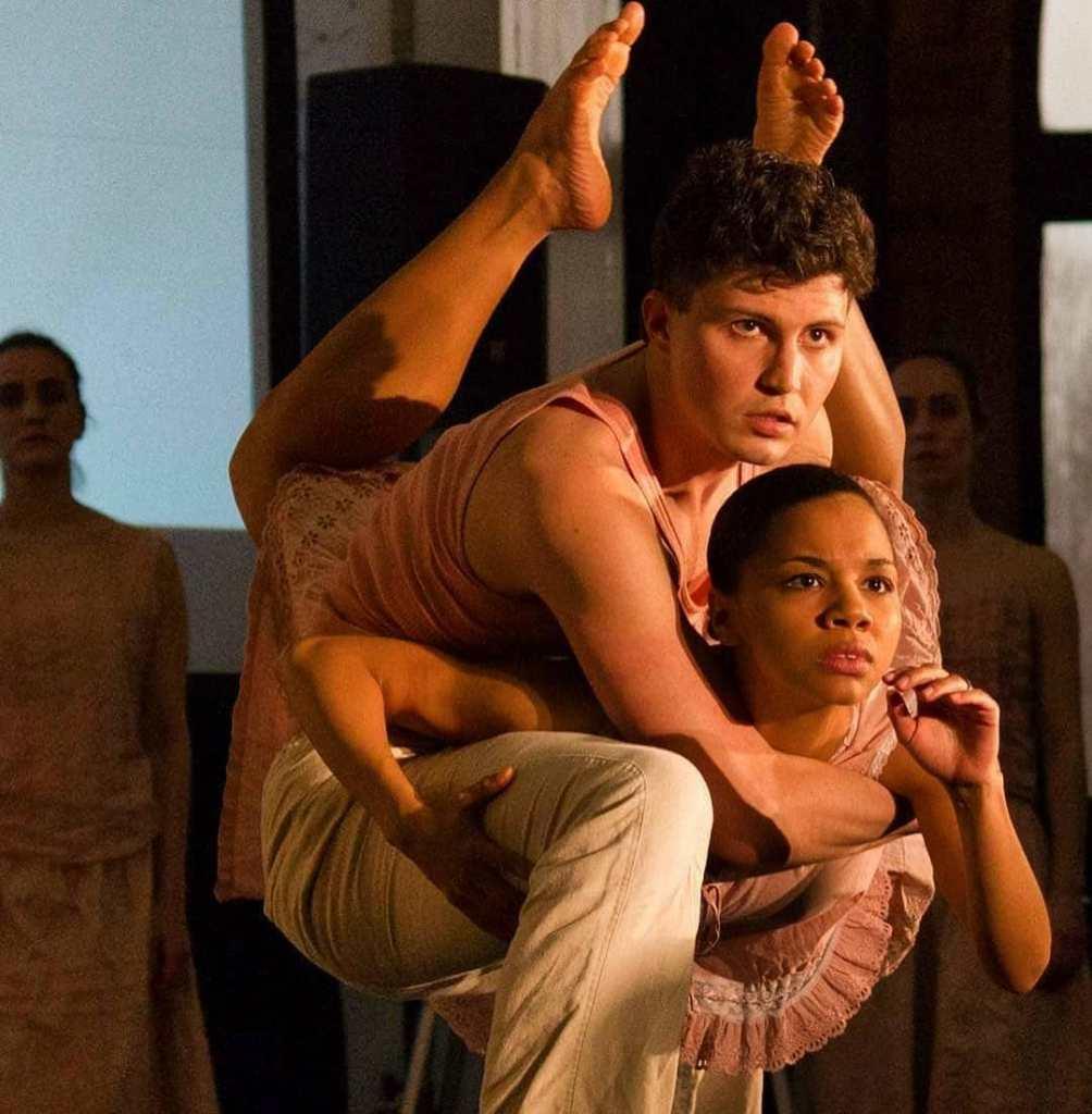 Cerqua Rivera Dance Theatre (Photo by J Alice Jackson))