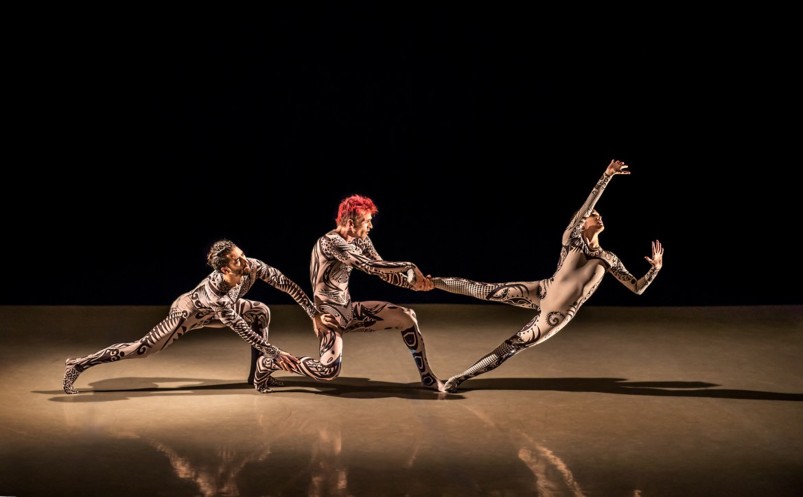 Isaies Santamaria, Manuel Vignoulle, and Stephanie Williams in Manuel Vignoulle'sEARTH(Photo byBrigid Marz)
