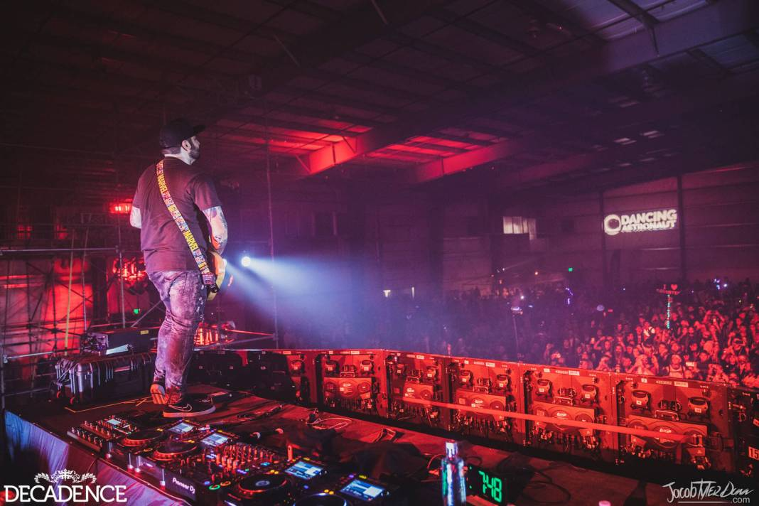 Decadence rings in the new decade in Chandler, Arizona – photos by jacobtylerdunn and RukesDecadence 2019 JTD Day2 311219 067 2