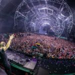 Armin van Buuren supplies vintage trance mix of 'Leave A Little Love'ErjOOPREAAYrwb