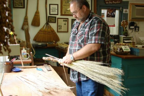 smoky-mountains-arts-crafts-community-broom